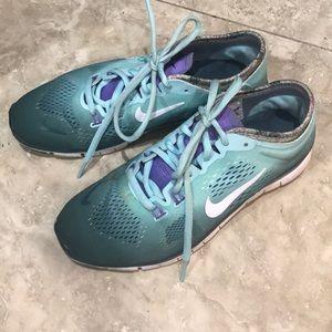 Nike Free 5.0 Size 6.5 (Women)